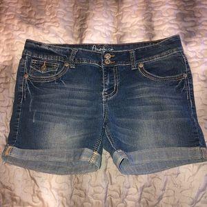 Amethyst Womens Shorts Size 13
